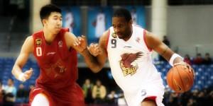 T-Mac treinando pelo Qingdao Eagles Time que jogou na china (2012-2013)